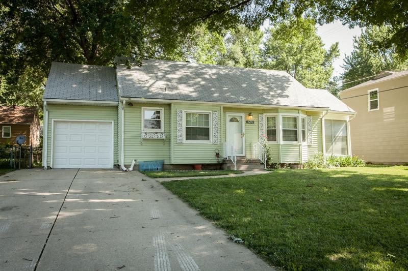 Photo: Anchorage House for Rent - $1300.00 / month; 3 Bd & 1 Ba