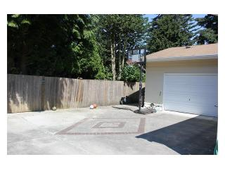Bellevue Rental Photo 10